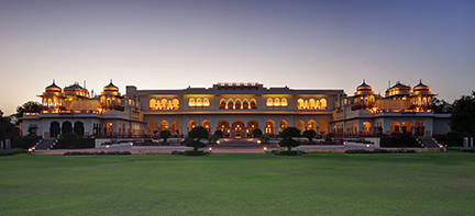 Rambagh Palace hotel vooraanzicht, India